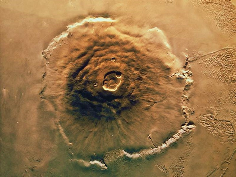 Image satellite de l'Olympus Mons, volcan de 22.5km de haut