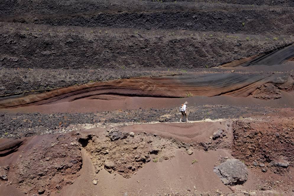géologue et scories 2