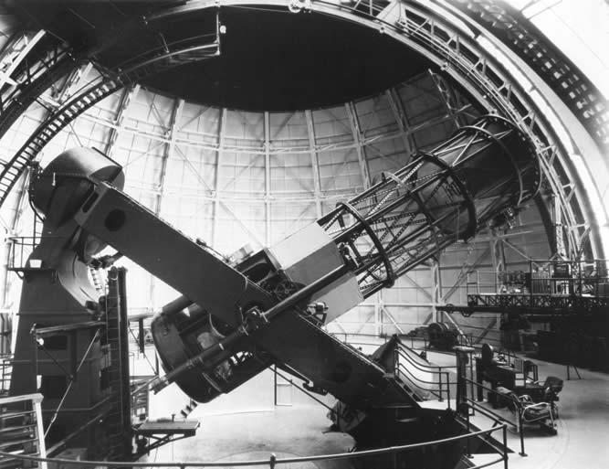 Le télescope Hooker installé sur le Mont Wilson.